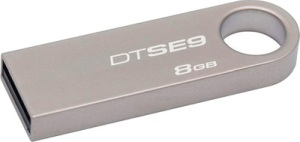 Kingston DataTraveler SE9 8 GB Pen Drive