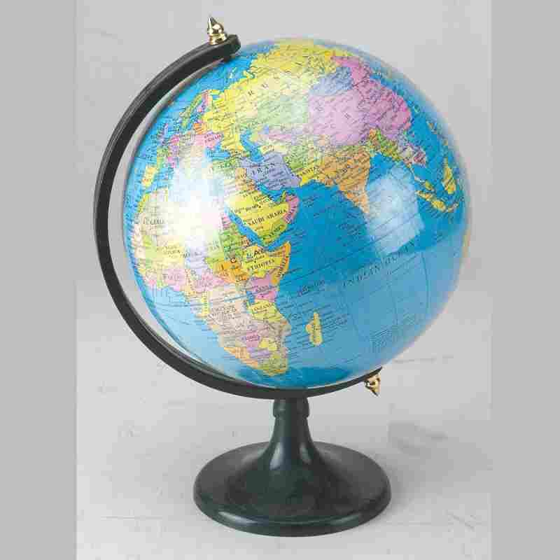 Kabica G8-8 with Black Stand World Globe